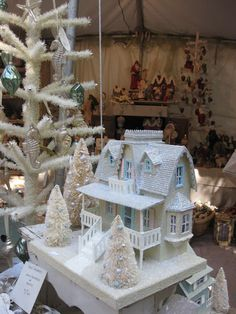 39 Ideas doll house cardboard christmas villages for 2019 Christmas Village Houses, Christmas Town, Putz Houses, Christmas Villages, Christmas Paper, All Things Christmas, Christmas Crafts, Christmas Decorations, Xmas