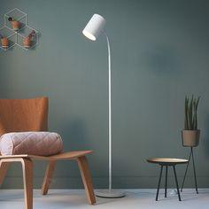 Staande lamp Himroo met verstelbaar hoofd veilig & makkelijk online bestellen op lampen24.nl Living Room Lighting, Hygge, Interior Inspiration, Sweet Home, Lights, Pie, Furniture, Design, Home Decor