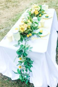 Don't miss the beautiful rustic table settings with a floral runner at this lemonade birthday party! See more party ideas and share yours at CatchMyParty.com #catchmyparty #partyideas #4favoritepartiesoftheweek #lemonade #lemonadestand #lemonadebirthdayparty #rusticsummerparty Summer Birthday, Birthday Parties, Lemon Party, Summer Cakes, Rustic Table, Summer Parties, For Your Party, Craft Party, Lemonade
