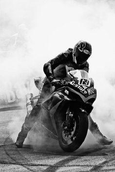 Retro Moto's Honda - Pipeburn - Purveyors of Classic Motorcycles, Cafe Racers & Custom motorbikes Throttle Roll Wrap Up - Pipeburn. Motocross, Ducati, Yamaha, Bike Photography, Motorcycle Style, Sportbikes, Lady Biker, Jolie Photo, Street Bikes