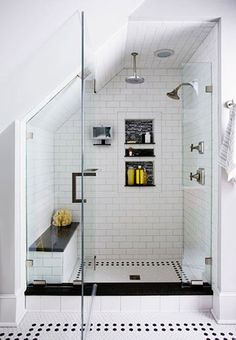 Idee e consigli per rinnovare il bagno (o per progettarne uno nuovo)