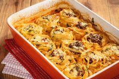 Darált húsos, sajtos tészta a sütőből: ilyen guszta még sosem volt Pasta Recipes, Cake Recipes, Ravioli, Cheesesteak, Cauliflower, Macaroni And Cheese, Shrimp, Chicken, Meat
