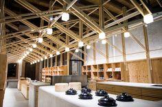 Interior design, wood construction, ceiling design, visual merchandising, t Wood Interior Design, Arch Interior, Retail Interior, Design Furniture, Visual Merchandising, Timber Ceiling, Wood Ceilings, Timber Architecture, Architecture Design