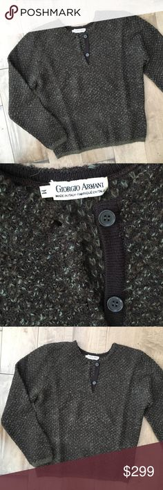 """VINTAGE GIORGIO ARMANI MENS SWEATER M WOOL ALPACA Made in Italy. 72% Wool, 28% alpaca. Dry clean only.  Chest: 42"""" (21"""" armpit to armpit) Length: 25.5"""" Giorgio Armani Sweaters"""