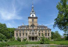 Pałac Hochbergów w Roztoce