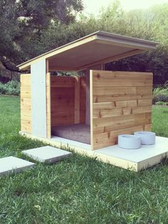 We have officially crossed the threshold into the dog days of summer (which actually has nothing to do with canines, but rather the dog star Sirius...who knew?). To commemorate the stretch of heat (and lethargy) associated with this period, we scoured Etsy and rounded up 9 super cool, modern pet houses—from cat friendly cardboard to designer edifices—for your furry friends to ride out the season.