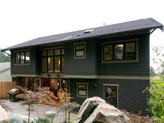Split Entry Remodel Exterior, Split Level Exterior, Ranch Exterior, Black House Exterior, House Paint Exterior, Modern Exterior, Exterior Design, Raised Ranch Remodel, Craftsman Style Kitchens