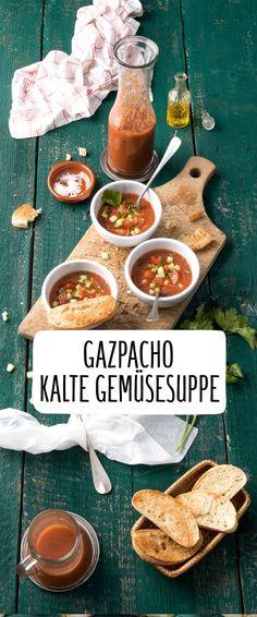 Kalte Gemüse Suppe Gazpacho Mediterran Würzig Tomate Paprika Rot Kühl Pürieren Saftig Gesund Winter Mix Einfach Schnell