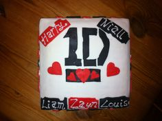 Boy band cake for a teenagers birthday....One DIrection