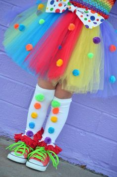 Rainbow Ruffle Leg Warmers- Baby Legs- Ruffle Leg warmers- Rainbow Leg Warmers-C. - Rainbow Ruffle Leg Warmers- Baby Legs- Ruffle Leg warmers- Rainbow Leg Warmers-Circus Clown- Polka d - Clown Mignon, Girl Clown Costume, Clown Costumes Kids, Clown Dress, Little Girl Costumes, Clown Halloween Costumes, Perfect Outfit, Rainbow Tutu, Rainbow Dresses