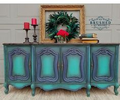 A good finish never gets old. I always tell customers that if you love the finish, and love the piece, you can't go wrong. These colors came together perfectly on this #Frenchprovincial #buffet. This is @dixiebellepaint in #palmetto, #bunkerhillblue, and #mermaidtail. A #tutorial on this finish is available on my #blog at brushedbybrandy.wordpress.com. this customer order is ready for pick up! Order your Dixie belle products through my affiliate link here…