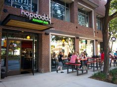 Burger and Booze Pairing: Hopdoddy Burger Bar's New Location on McKinney Ave. in Dallas | SideDish