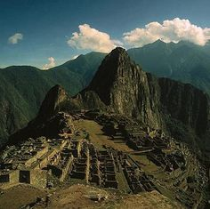 M for #MACHUPICCHU: Situated amidst the cloud forest, #InkaterraMachuPicchuPuebloHotel is a stone's throw from the historic #sanctuary and #Incan citadel, UNESCO World Heritage Site, of Machu Picchu. Steeped in history, Machu Picchu has now been recognised as one of the new 7 #wondersoftheworld