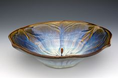 The Glaze on his pottery is amazing! Bill Campbell Pottery, Sculpture Art, Sculptures, Bowl Light, Pottery Art, Pottery Ideas, Plates And Bowls, Handmade Pottery, Furniture Decor