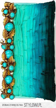 Valentino clutch. Turquoise, turquoise, turquoise!
