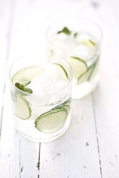 △ cucumber, lime, and mint gin & tonic.