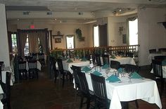 The main diningroom at Avalon West Chester 2001
