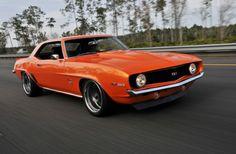 1968-chevrolet-camaro-orange-front-quarter-buhr.jpg (667×436)