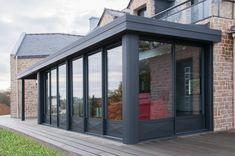 Pour agrandir votre #maison et réaliser des #économies d'énergie, rien de tel qu'une #véranda #noir ! www.la-veranda-alu.com