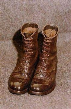 The feared marching boots. Just look at the spit & polished toecaps. West Africa, South Africa, Army Games, Army Day, Defence Force, Army Uniform, My Heritage, African History, Military History