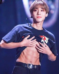 """""""I think he's happy and proud showing his abs. I'd probably be Park Jihoon abs-addict from now on. I keep on seeing his abs everywhere i look. Korean Star, Korean Men, Park Jihoon Produce 101, Bae, Swing, How To Get Abs, Kim Jaehwan, Ha Sungwoon, Boys Like"""