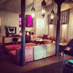 Arabisk loungestemning hos Manzel