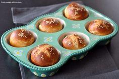 pretzels-muffins with spelt / laugen-muffins mit dinkel