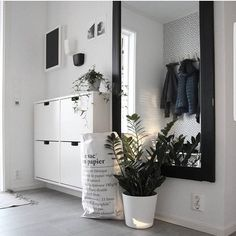 My most liked image in 2017 asked by nice ♡ Thank you for thinking . - My most liked photo in 2017 asked by nice ♡ Thank you for thinking about me ♡ Will - Hallway Furniture, Entryway Decor, Room Inspiration, Interior Inspiration, Small Hallway Decorating, Decoration Hall, Flur Design, Small Hallways, My New Room