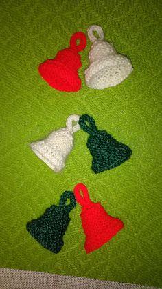 pletené vánoční zvonečky na zavěšení