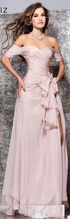 Elegance and glamour Pink Gowns, Pink Dress, Dress Up, Rose Dress, Evening Dresses, Prom Dresses, Formal Dresses, Wedding Dresses, Dresses 2014