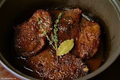 Deze manier van draadjesvlees maken heb jij nog nooit gezien, ZO lekker!