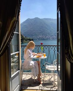 Nadire Atas on Lunch On Vacation Places To Travel, Places To Go, Travel Destinations, Beautiful World, Beautiful Places, Beautiful Beautiful, Travel Aesthetic, Sky Aesthetic, Travel Goals