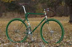 "<p>If you know me personally you know that im not a huge fan of Fixed Gear ( or Fixie ) bike, i'm more into the old-school <em>26″ Bmx cruiser </em>style ( <a href=""http://www.sebikes.com/"
