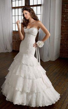 Brautkleider mit Spitze