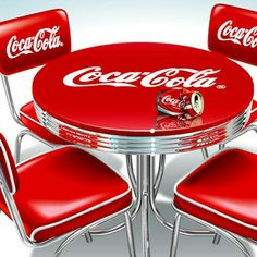 Best Kitchen Table Redo Awesome 32 Ideas - Coca Cola - Idea of Coca Cola Van Kitchen, Kitchen Table Redo, Kitchen Layout, Kitchen Ideas, Coca Cola Life, World Of Coca Cola, Coca Cola Bottles, Pepsi Cola, Coca Cola Kitchen
