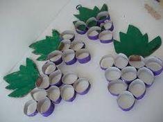 Αποτέλεσμα εικόνας για φθινοπωρινα φρουτα κατασκευες Autumn Crafts, Fall Crafts For Kids, Easy Crafts, Diy And Crafts, Christmas Art, Paper Flowers, Kindergarten, Creations, Education