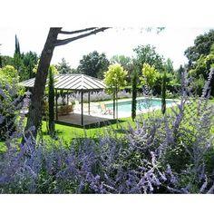 Old design 10 years ago. Juan Pedro Sacedon Paisajismo #back #design #gardener #gardendesigner #style #Moraleja #Madrid #gardenarchitecture #architecture #outdoor #instagram