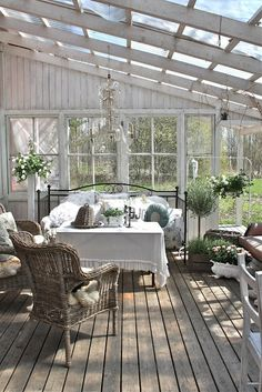 how good would this be to sit with family and friends to share a moment. G a r d e n ❀ O u t d o o r s