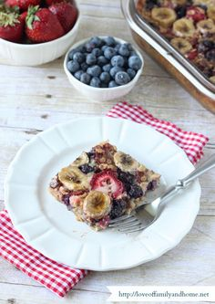 This healthy casserole recipe combines oats, bananas, and berries for an alternative way to prepare oatmeal. Get the recipe at Love of Family and Home.   - CountryLiving.com