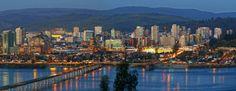 Concepción, visto desde cerro Idahue en San Pedro. Es hermoso como la ciudad se refleja en el río Bio Bio y se rodea de cerros verdes