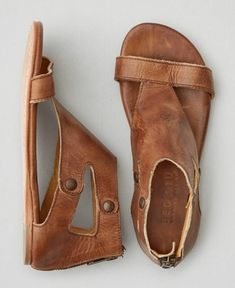 Bed Stu Soto Sandal - These are my favorite sandals, and so comfortable Zapatos Shoes, Shoes Sandals, Flat Sandals, Boho Sandals, Brown Leather Sandals, Tan Leather, Gladiator Sandals, Leather Shoes, Shoes Sneakers