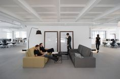 2i – Krakow Offices  Morpho Studio has designed the new offices web development and consulting firm u2i locate din Krakow, Poland.  u2i's new seat is located in a former cable factory in Cracow. More than 800 m2 of space include work and relaxation areas designed in a modern way.