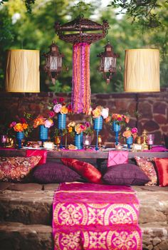 East meets west inspired fusion wedding reception seating and decor ideas - make it colorful and fun! Moroccan Party, Moroccan Theme, Moroccan Wedding, Ramadan Decoration, Decoration Table, Stage Decorations, Indian Theme, Indian Party, Wedding Reception Seating
