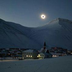Partial eclipse @ Longyearbyen, Norway