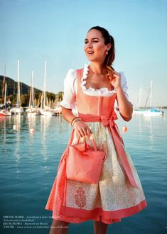 Susanne Spatt, Dirndl aus Salzburg - TRACHT. heute, Qualität hat Tradition in Salzburg Dirndl Dress, Big Bows, Mode Outfits, Every Woman, Traditional Dresses, Spring Summer, Summer Dresses, Salzburg, Stylish