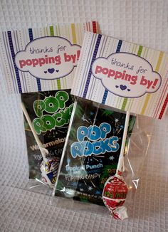 Cute idea for little goodie bags Ready to POP Baby Shower Thanks for coming bags. WE could do pink pop rocks!