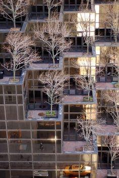 Apartment Facade Vertical Ideas For 2019 Green Architecture, Amazing Architecture, Architecture Details, Landscape Architecture, Facade Design, Exterior Design, Interior And Exterior, Trump Tower, Amazing Buildings