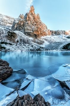 Frozen Dolomiti's lake during the first snow - Dolomites, northern Italy** (by Antonio RIVA BARBARAN) Travel and see the world Oh The Places You'll Go, Places To Travel, Beautiful World, Beautiful Places, Quelques Photos, Northern Italy, Winter Scenes, Adventure Is Out There, Landscape Photos