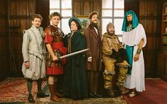 The Horrible Histories television show team. From left: Larry Rickard, Ben Willbond, Martha Howe-Douglas, Mathew Baynton, Jim Howick and Simon Farnaby. *is this a series 5 promo? European History, British History, Shakespeare Movies, History Tv Shows, Mathew Baynton, Children Sketch, Horrible Histories, Kids Tv, Kids Shows