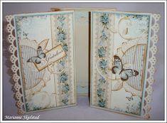 """I dag har jeg laget et brettekort med de blå papirene fra Pion Designs kolleksjon """"Från Mitt Hjerta II – 6*6 tum"""". Jeg har brukt det vakre..."""
